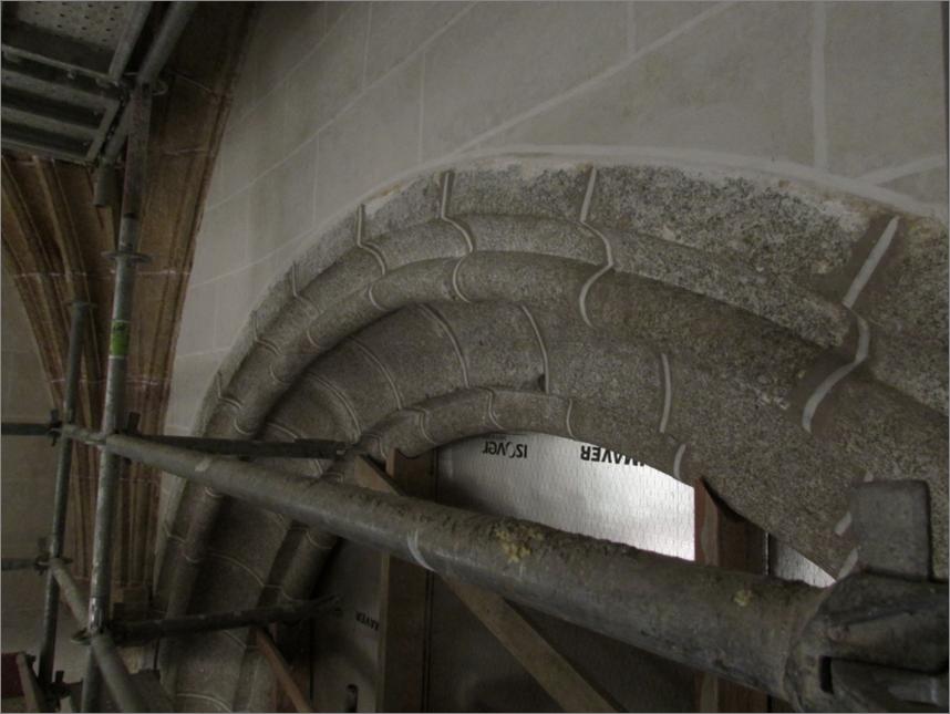 Capilla del Santo Cristo de Santa Teresa, Arco